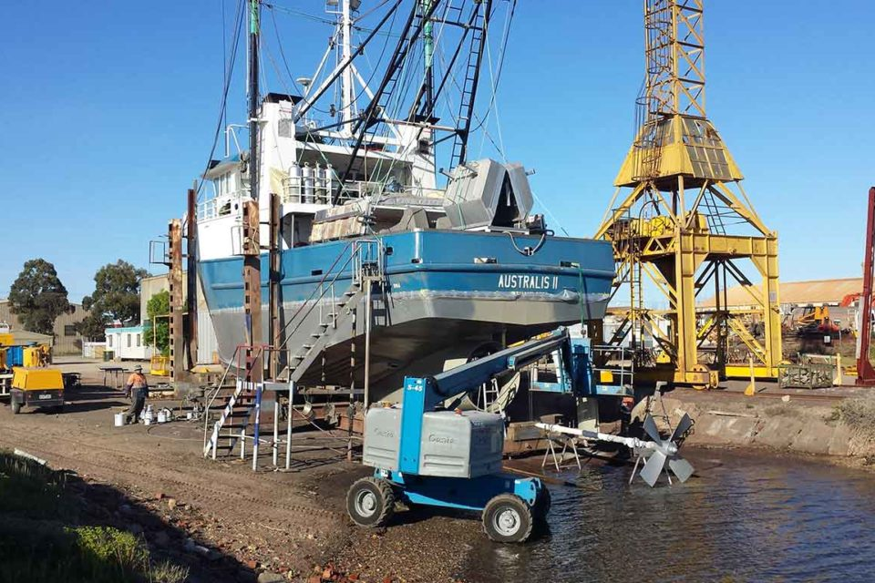 Adelaide Wet Dustless Blasting for Ships