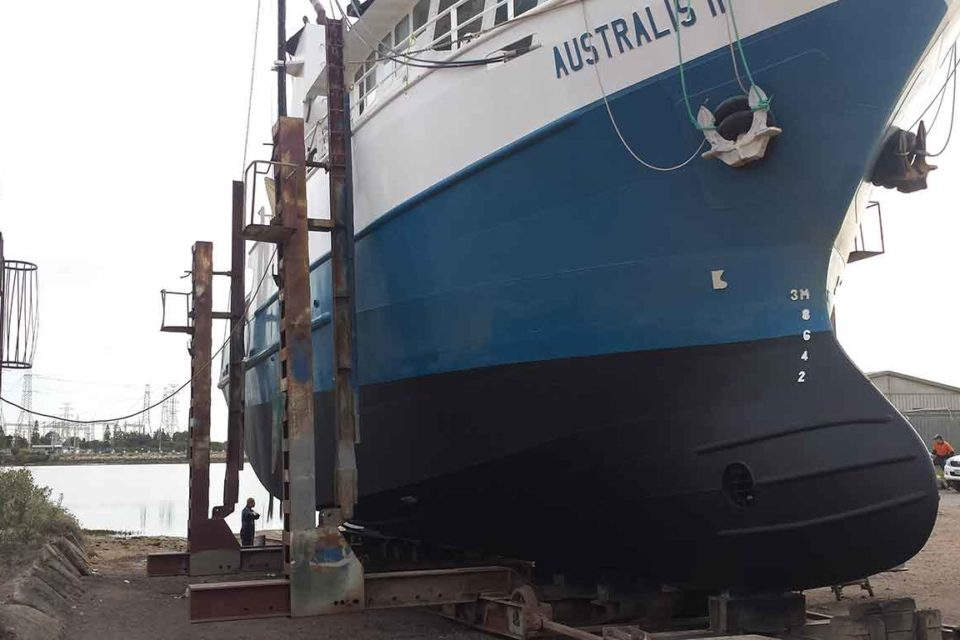 Ship Grit Blasting Adelaide