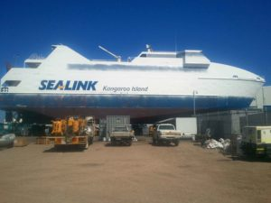 Slurry Blasting for Cleaning Boats