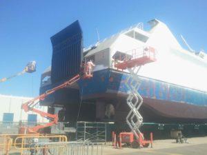 Slurry Blasting to Clean Ships