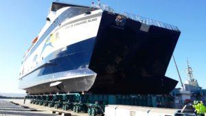 Grit Blasting on Ships